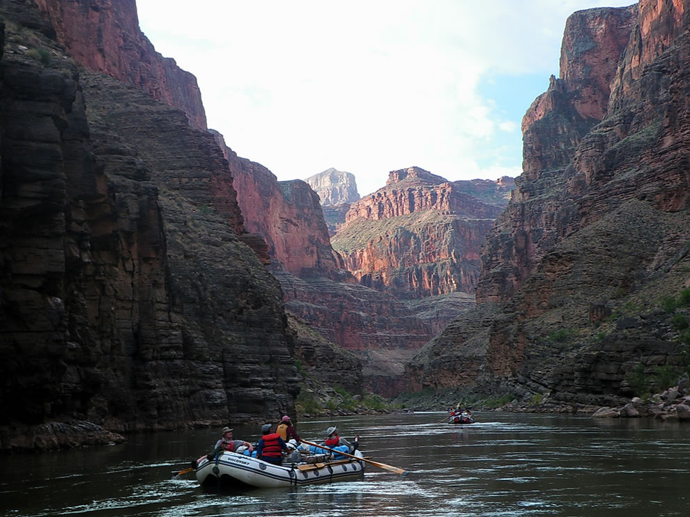 rafting and kayaking the grand canyon
